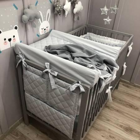 Dolly pikowany organizer na łóżeczko szary