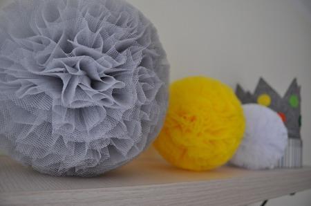 Pompon tiulowy Żółty 30 cm, handmade